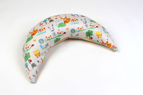 Travel nursing pillow spelt with satin cover animals
